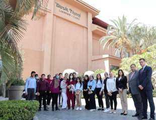 كلية الإدارة بجامعة بدر تنظم يوماً تعليمياً لطلاب البرنامج السويسرى بأحد الفنادق الكبرى