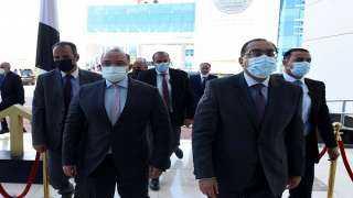 رئيس الوزراء و٥ وزراء يفتتحون جلسة تداول البورصة المصرية اليوم