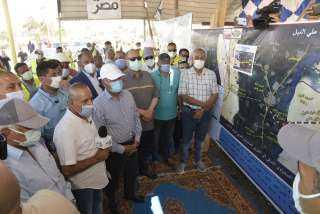 وزير النقل ومحافظ أسيوط يتابعان معدلات تنفيذ المرحلة الأولى من محور ديروط الحر على النيل