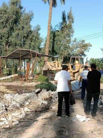 محافظ أسيوط: إزالة 16 حالة تعدي على أراضي زراعية وأملاك دولة بمركز ابوتيج خلال يوم واحد